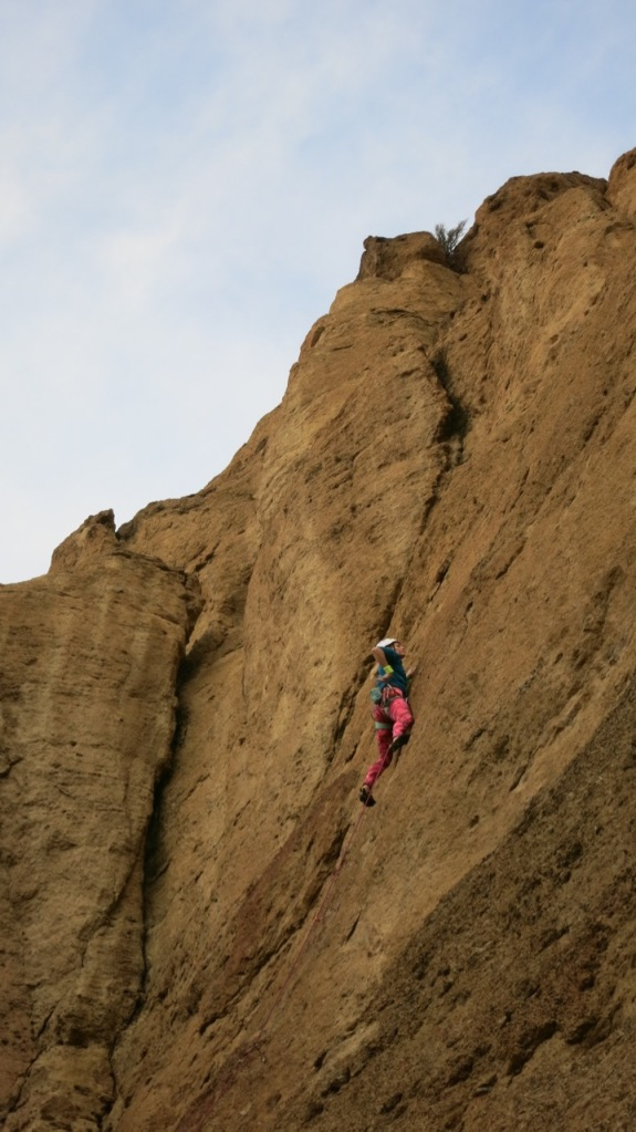 lead climbing, nubbins, pink tights